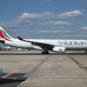 Sri Lanka Co. May Lease Planes
