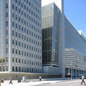 WB: $30b in Iran Assets Unfrozen