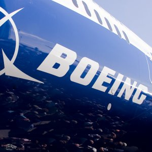 Iran has signed a preliminary agreement with Boeing for purchase and lease of some 100 aircraft worth more than $20 billion.