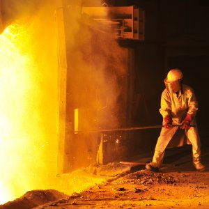 Iran's January-July output placed it 14th among the world's biggest steelmakers, 2 notches worse than the position it occupied for the first half of 2016.