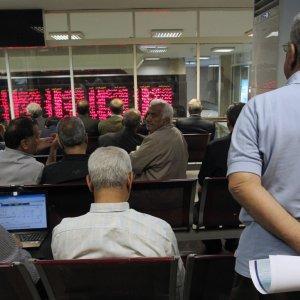 Stocks Extend Saturday's Plunge
