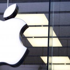 Apple Sells 30-Year Taiwan Bond