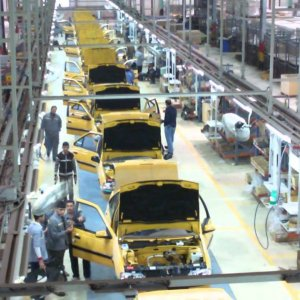 Breaks Pulled on Auto Exports to Iraq