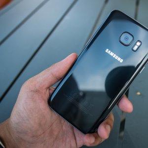 Samsung Profits Jump 17%