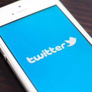Twitter Suspends More Terror-Related Accounts