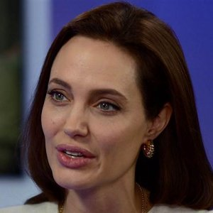 Angelina Jolie to Teach on Women in Conflict