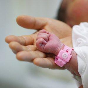 Newborns, Drugs  and Addicted Parents
