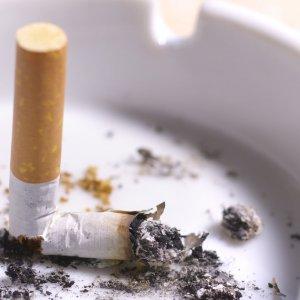 Smoking Women Vulnerable to Brain Bleeding