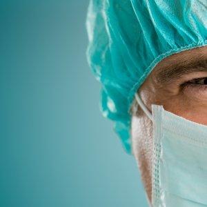 Foreign Surgeons to Treat War Veterans