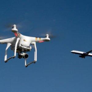 Drone Disrupts Dubai Airport