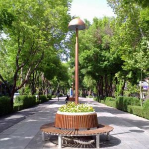"Isfahan Partially Enforces ""Car-Free Tuesdays"""