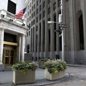 Global Stocks, Oil, Yields Slip