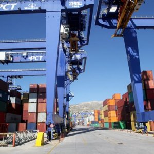Greek Exports Decline