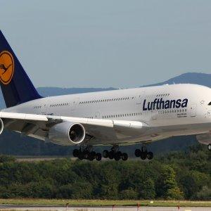 Lufthansa Fares Under Pressure