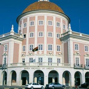 Moody's Warns Angola
