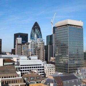 S&P: Brexit May Trigger  Record Financial Debts