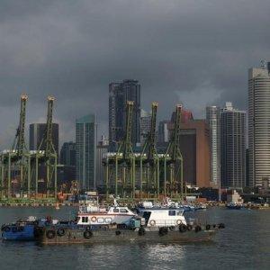 Singapore CPI Declines