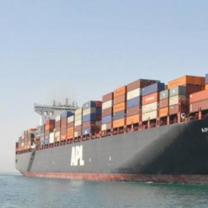 Suez Canal Revenue Rising