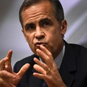 BoE Chief Defends Message on Brexit Risk