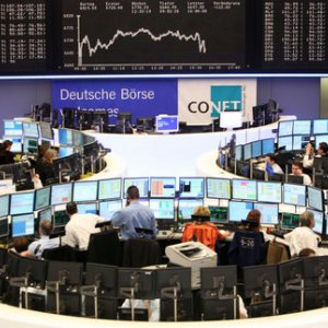 Deutsche Boerse to Cut LSE Merger Approval Threshold