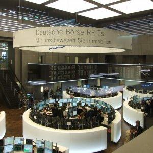 Deutsche Boerse Investors Back LSE Purchase