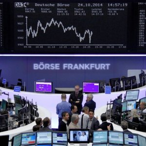 European Shares at 7-Week High, Asia Rises