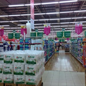 Saudis Cautious on Spending
