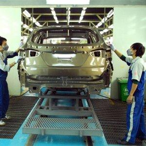 Vietnam Moving Slowly Towards Economic Growth