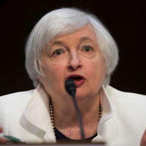 Yellen Sees 'Gradual' Rate Hikes