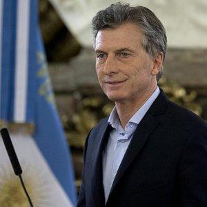 Macri Defends New Energy Rate Hikes