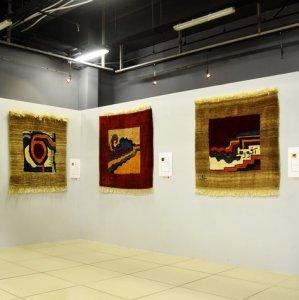 An earlier edition of Taki's gabbeh exhibition in Shahreza, Isfahan Province