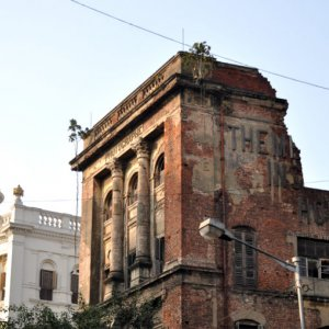 World's Oldest Operating Photo Studio Closes in India