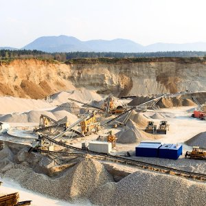 Iranian Mining  Opportunities  Enumerated