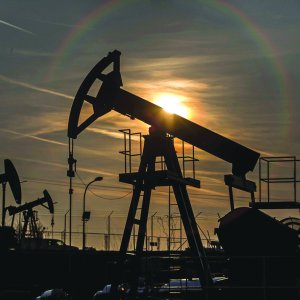 Iran says it can boost oil output to  4 million bpd by end-2016.