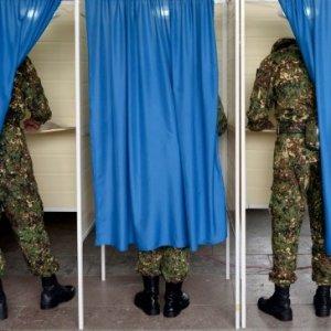 Azerbaijan Holds Controversial Referendum