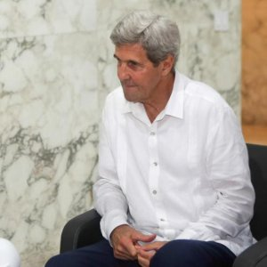 Maduro Seeks Thaw in Relations With US