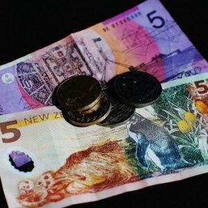 NZ's Robust Economy Helps Lift Kiwi Dollar