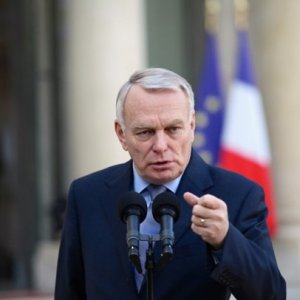 France Wants Mideast Confab