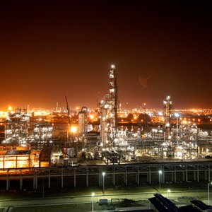 Karoon Petrochemical Company is the first producer of isocyanates in the Middle East.