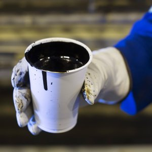 Brent Hits Five-Year Low