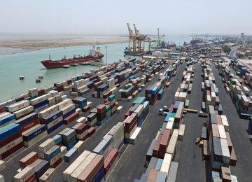 $8.7b in Iran's Non-Oil Trade Surplus With Persian Gulf Countries