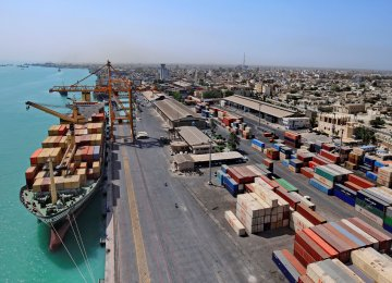 Iran's Non-Oil Trade With East Europe Falls