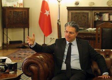 Turkish Envoy Commends Tehran's Moderation Vis-à-Vis US Unconstructive Move