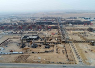 Middle East's Largest Gas Refinery to Open in August in Khuzestan