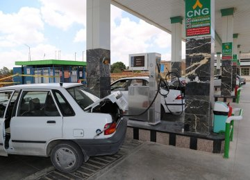 Iranian Car Owners See the Wisdom of CNG Use