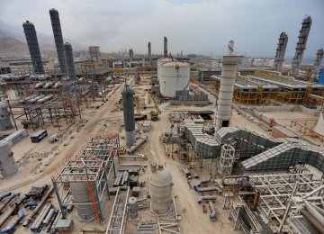 Petrochemical Complex in Bushehr Waiting for Funds