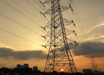 Industries, Agro Sector Cut Power Use in Summer