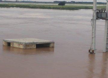 Khuzestan Power Grid Reeling From Flood Impact