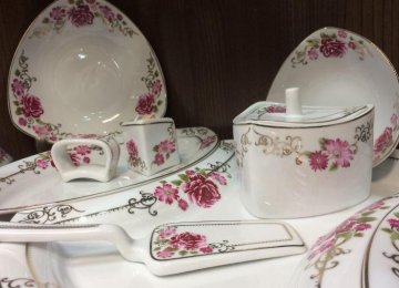 Glassware, Chinaware Production Rises
