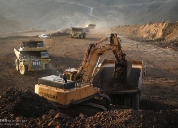 Iran's Iron Ore, DRI Exports Decline After Imposition of Tariffs